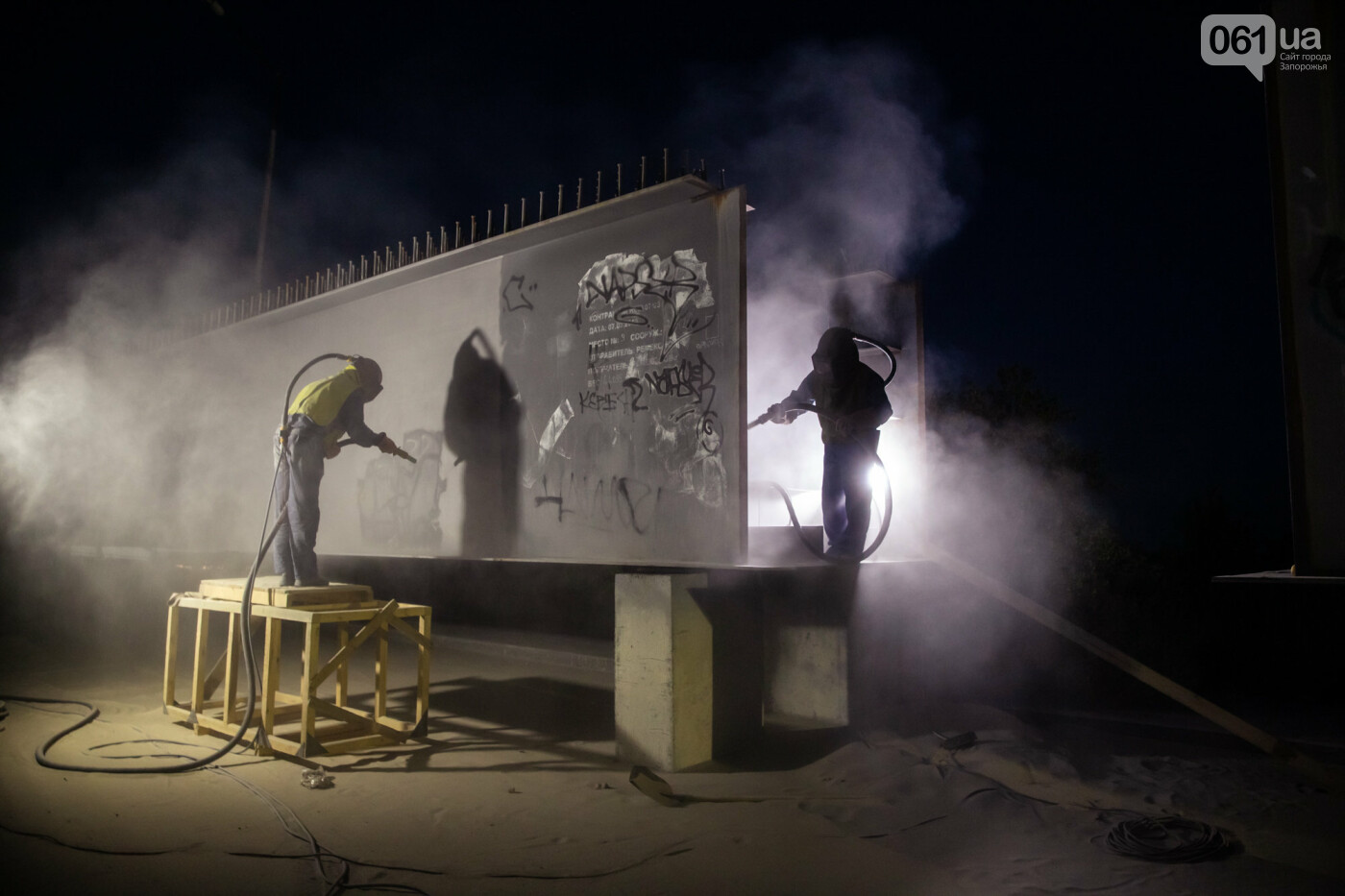 В Запорожье собирают балочный мост через Старый Днепр – строители работают даже ночью, - ФОТОРЕПОРТАЖ , фото-35