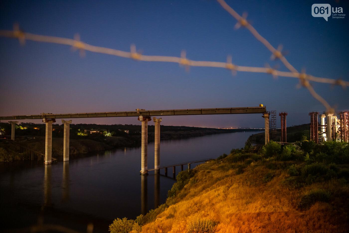 В Запорожье собирают балочный мост через Старый Днепр – строители работают даже ночью, - ФОТОРЕПОРТАЖ , фото-39