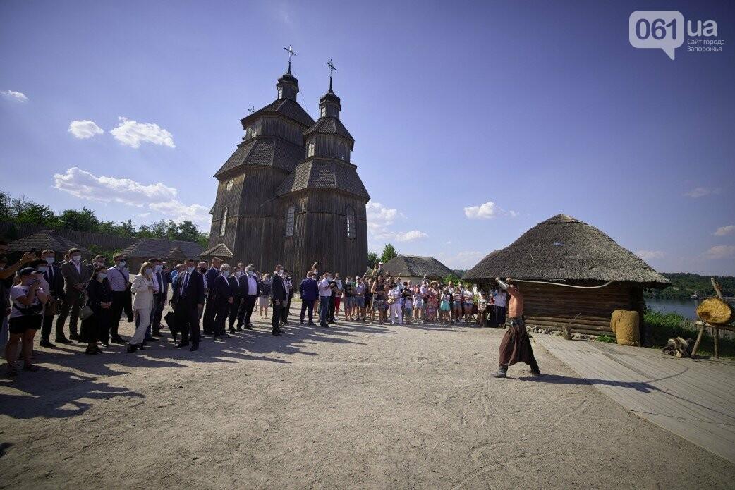 Визит Зеленского в Запорожье в фотографиях и высказываниях, фото-45