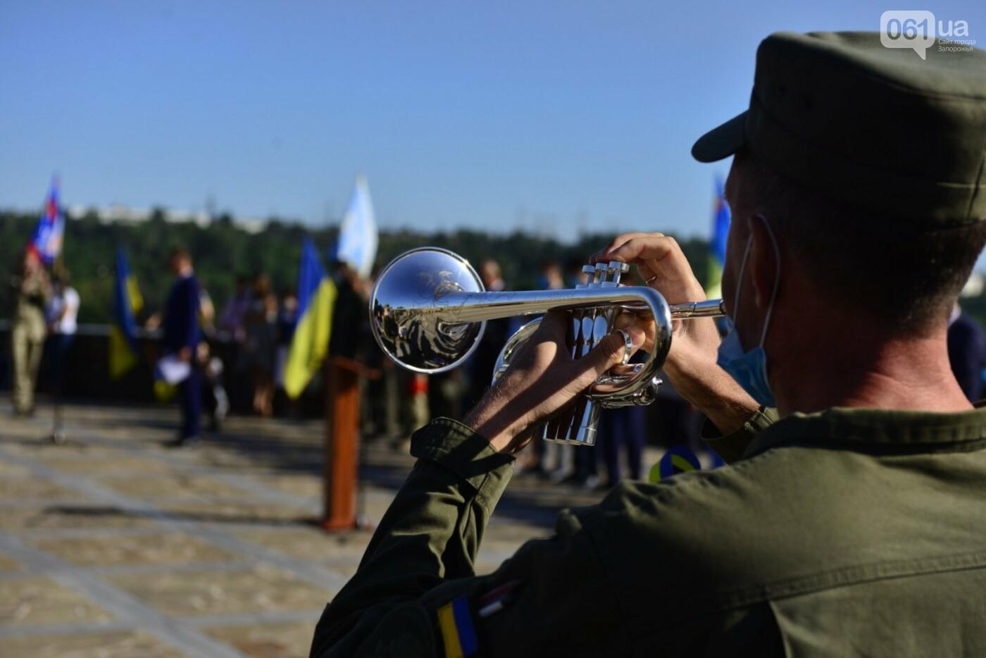 Впервые на Хортице развернули 100-метровый флаг Украины, - ФОТОРЕПОРТАЖ, фото-13