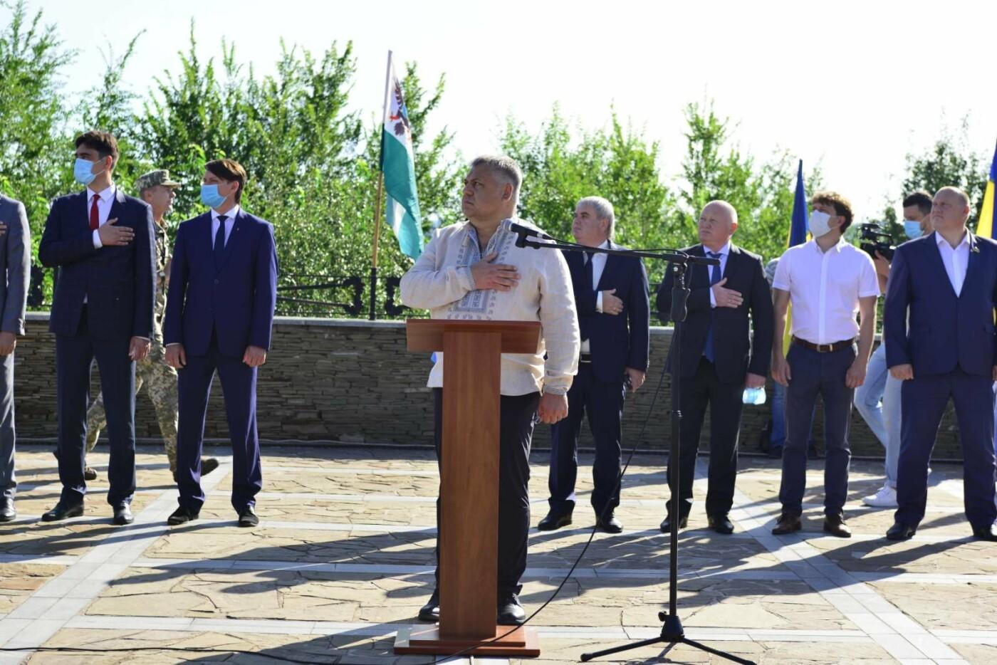 Впервые на Хортице развернули 100-метровый флаг Украины, - ФОТОРЕПОРТАЖ, фото-10