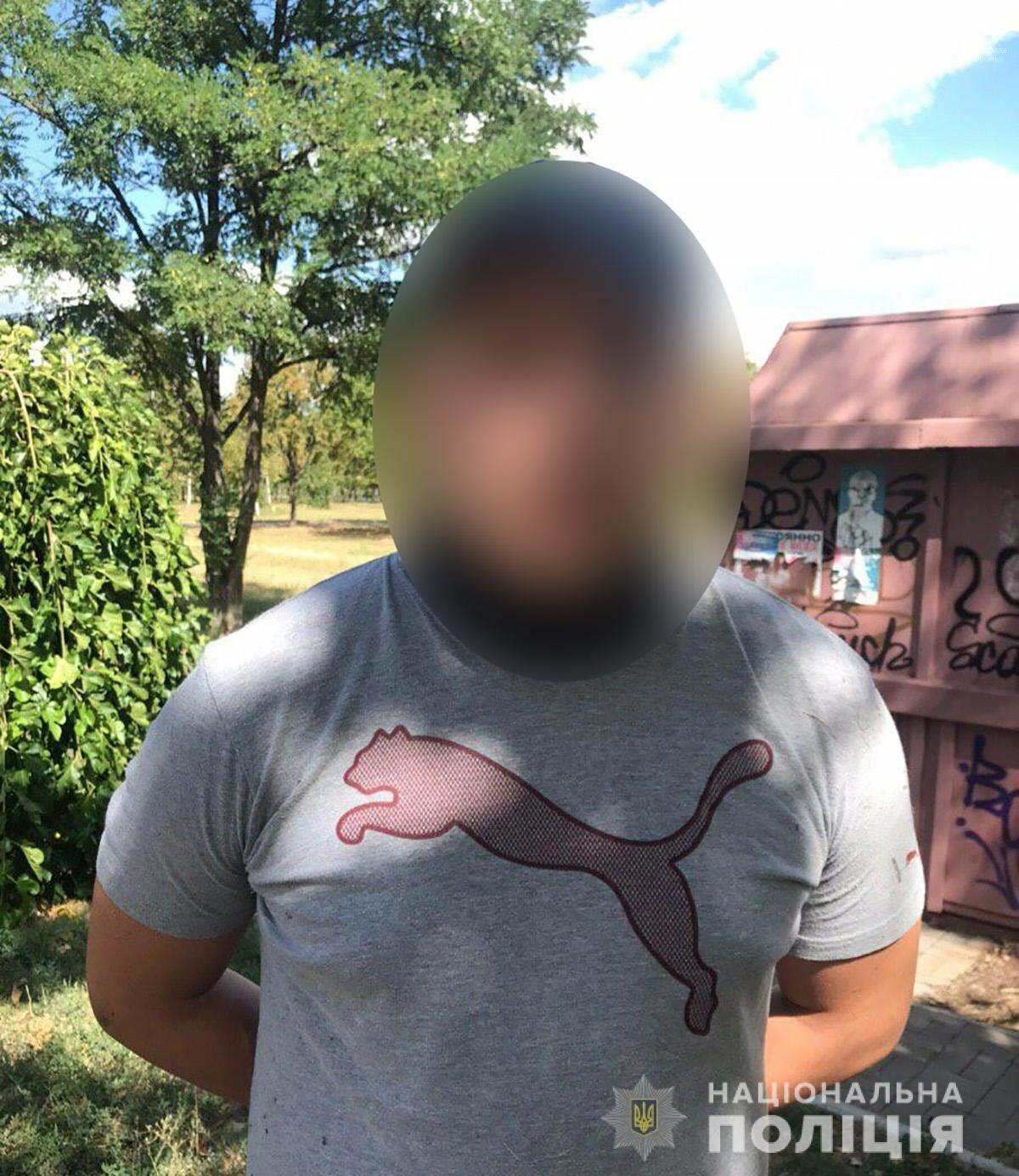 В Запорожье разгромили несколько агитпалаток одной из политсил - подозреваемых в хулиганстве задержали , фото-3
