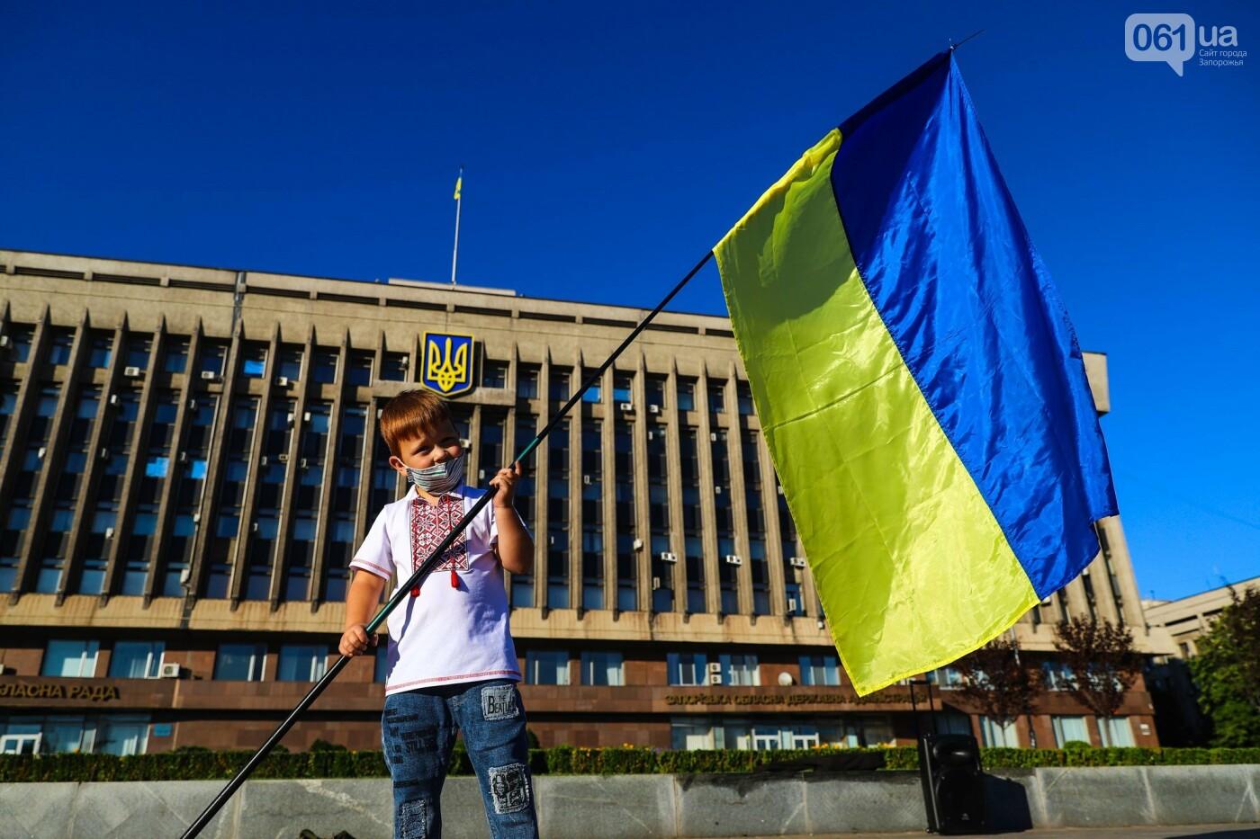 Фестивали, праздники, приезд Зеленского и ночная стройка мостов: август в фотографиях , фото-66