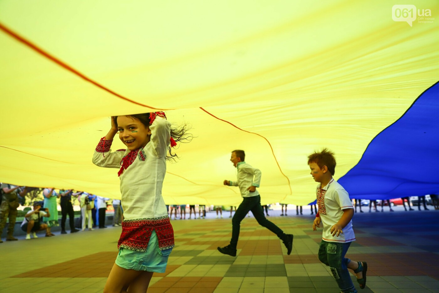 Фестивали, праздники, приезд Зеленского и ночная стройка мостов: август в фотографиях , фото-71