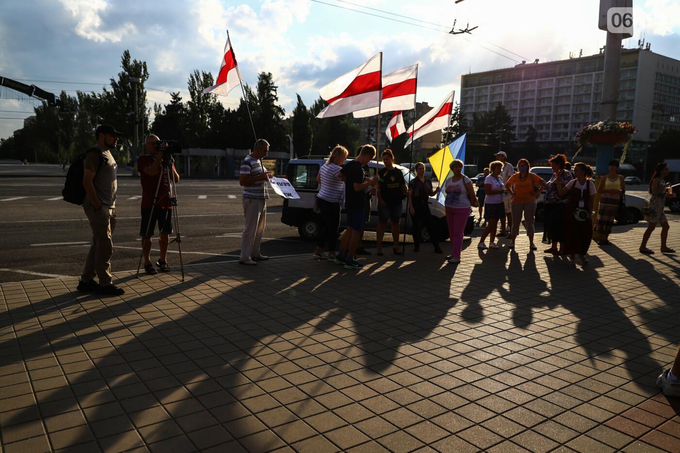 Фестивали, праздники, приезд Зеленского и ночная стройка мостов: август в фотографиях , фото-18