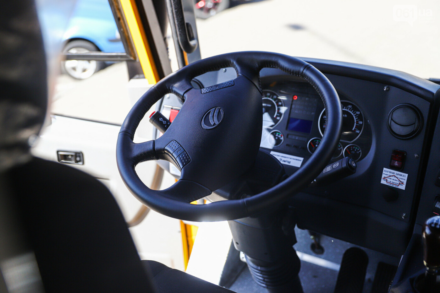 Громадам передали вторую партию школьных автобусов, собранных на ЗАЗ, - ФОТО, фото-5