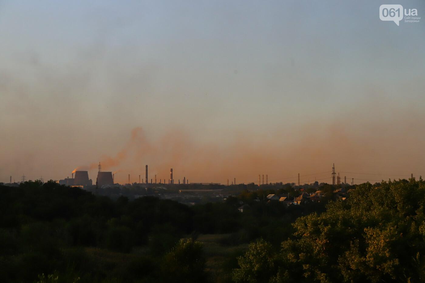 Запорожцы выйдут на митинг за чистый воздух - 10 фото о том, почему, фото-1