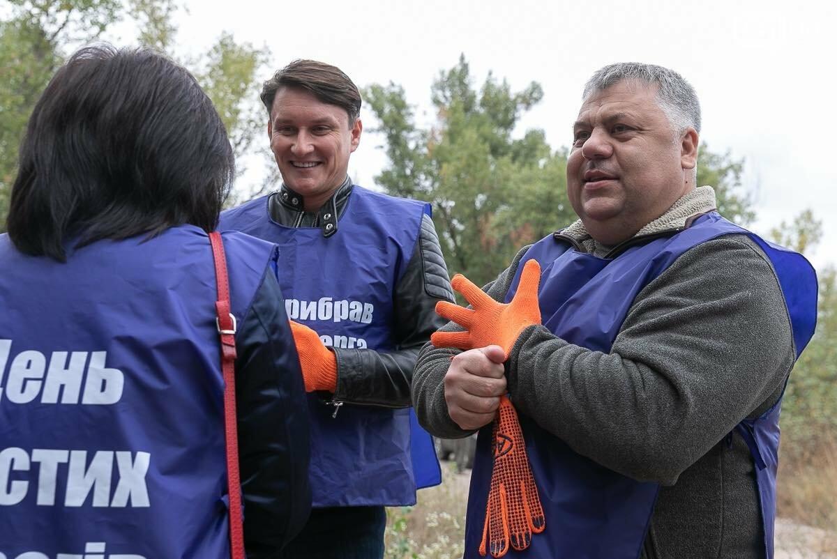 Губернатор Боговін взяв участь в волонтерській акції, фото-1