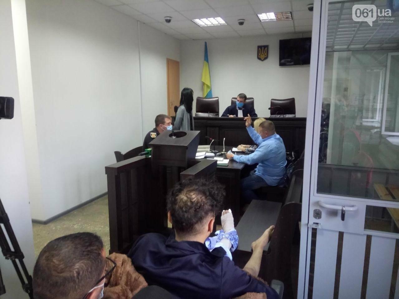 В Запорожье не смогли избрать меру пресечения для студента, подозреваемого в совершении смертельной ДТП на Набережной, фото-2