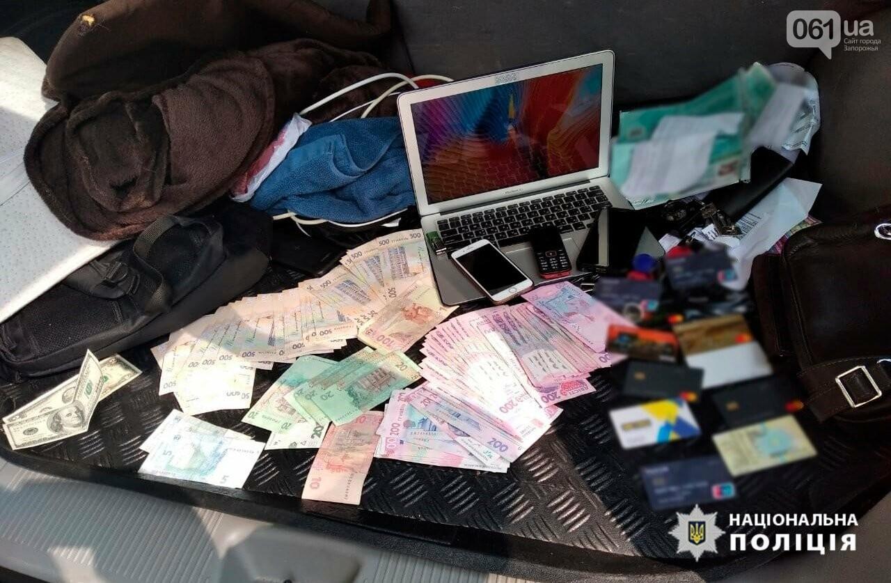 В Запорожье разоблачили сеть порностудий, которые оборудовали в съемных квартирах, - ФОТО, фото-12