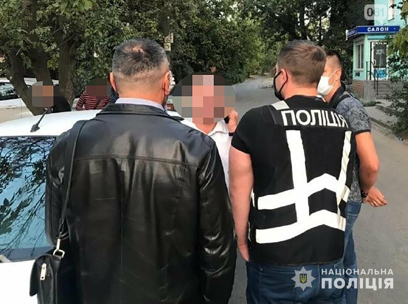 В Запорожье полиция поймала подозреваемого сутенера, который вовлекал женщин в занятие проституцией, фото-3