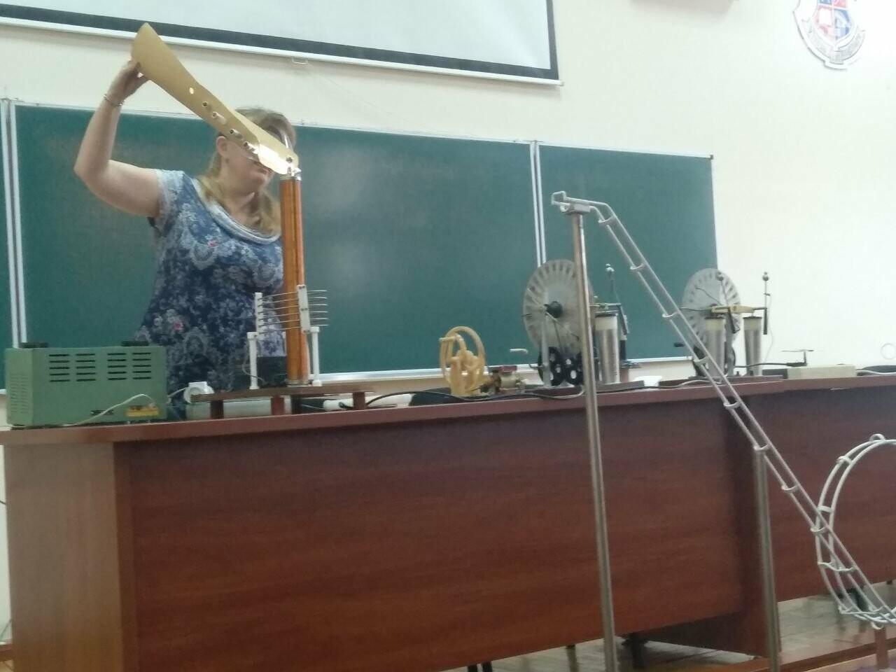 Роботы-официанты, ретро-экспонаты и физические эксперименты: как в Запорожье прошла «Ночь науки», фото-29