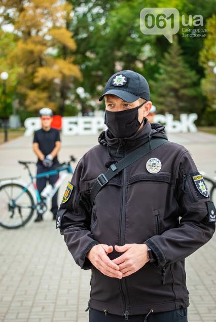 В Бердянске появился сезонный велопатруль, - ФОТО, фото-7