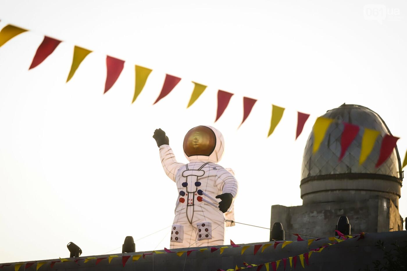 ЛГБТ-прайд, эко-митинг и восстановленные скульптуры в сквере Пионеров: сентябрь в фотографиях , фото-70