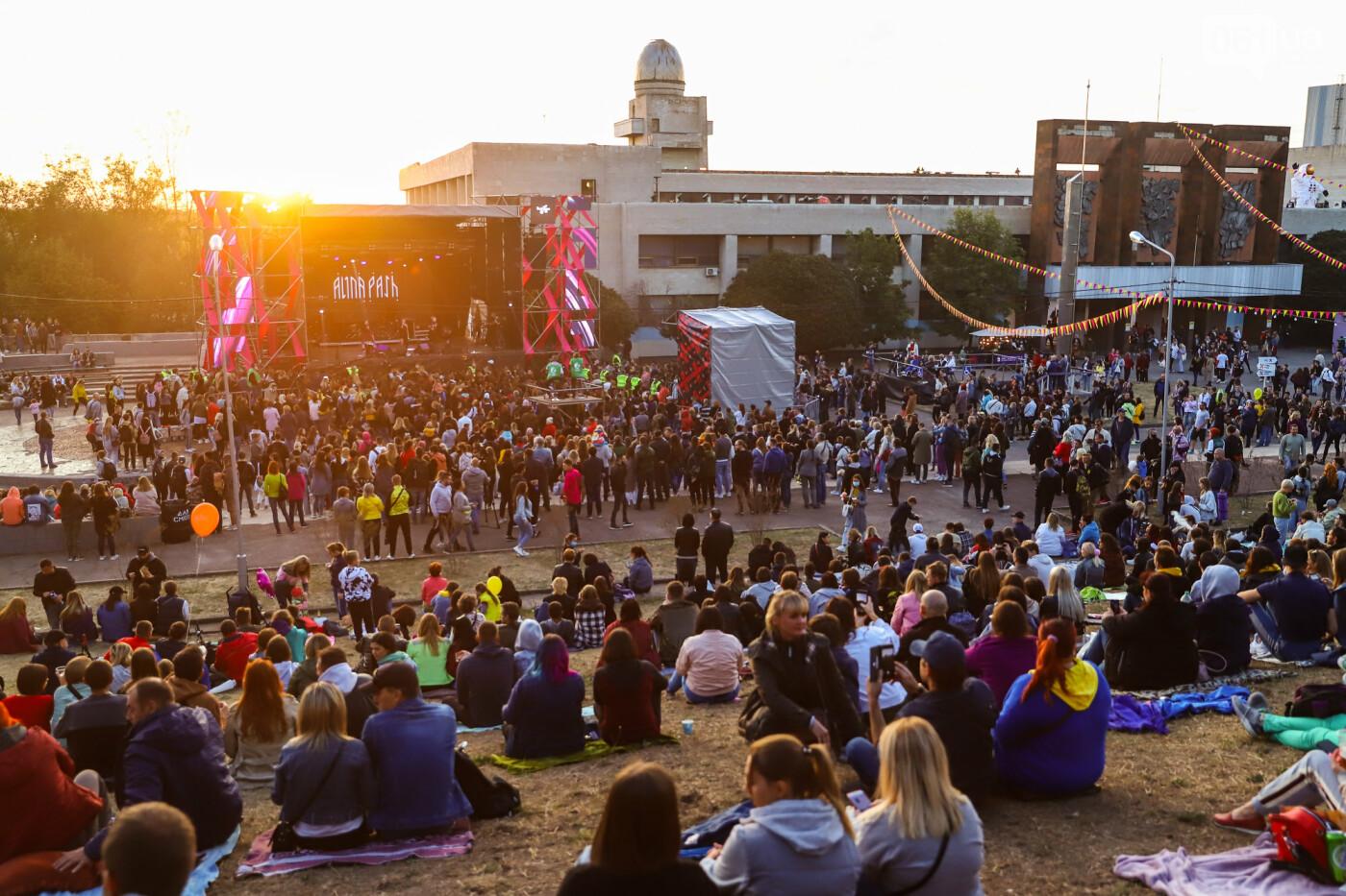 ЛГБТ-прайд, эко-митинг и восстановленные скульптуры в сквере Пионеров: сентябрь в фотографиях , фото-82