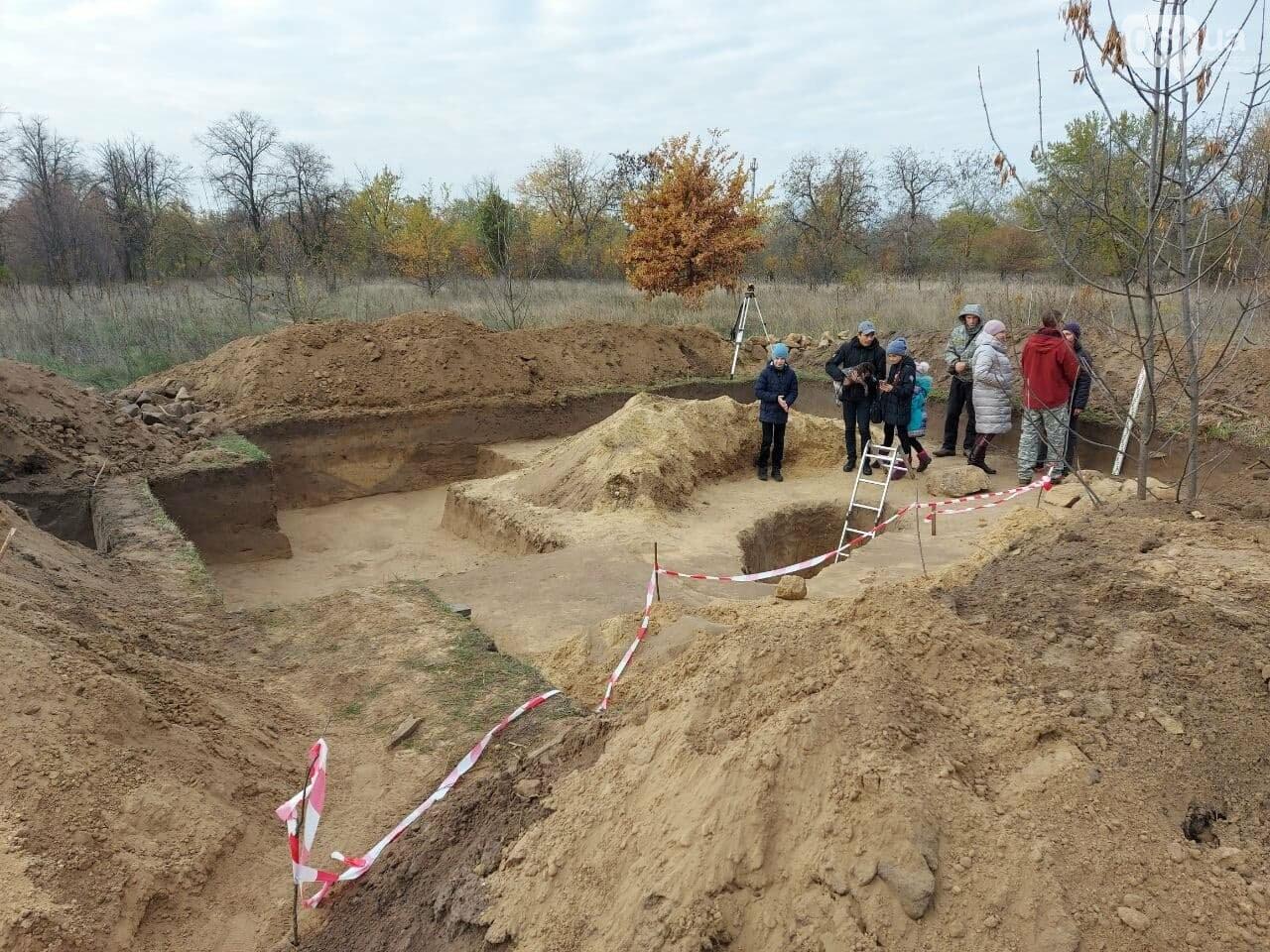 В Запорожье на Хортице нашли захоронение скифского воина, которому 2500 лет, - ФОТОРЕПОРТАЖ, фото-4