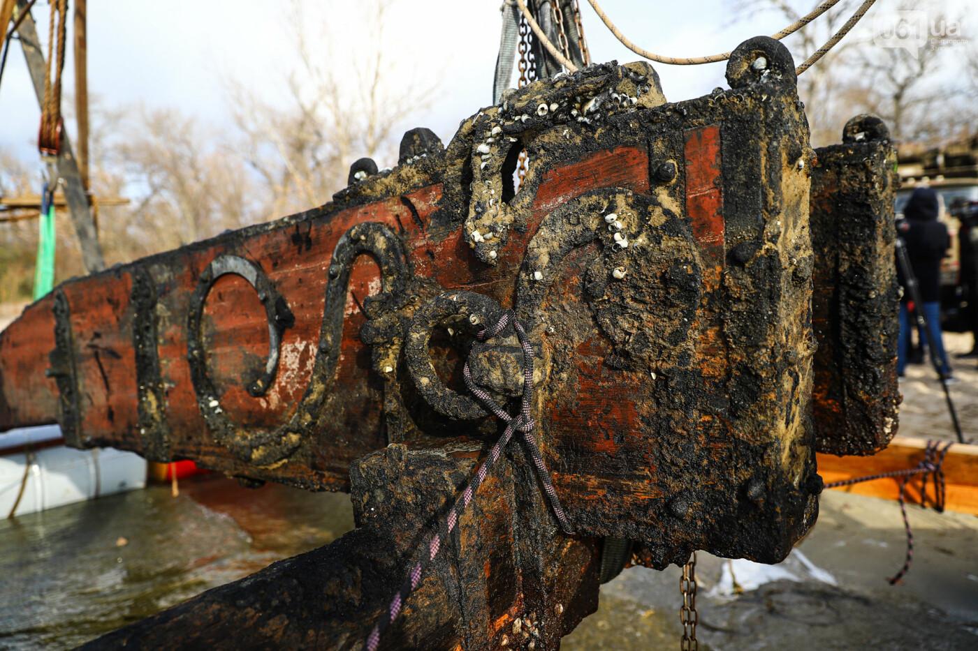В Запорожье на дне Днепра нашли пушечный лафет XVII - XVIII столетия, - ФОТОРЕПОРТАЖ, ВИДЕО, фото-36