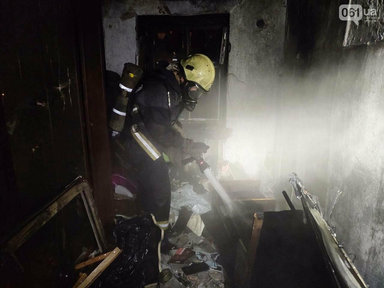 В Запорожье 8 спасателей тушили пожар в многоэтажке, фото-2