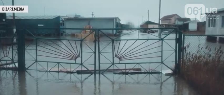 В сети показали, как выглядит затопленная Кирилловка с высоты птичьего полета, - ВИДЕО, фото-5