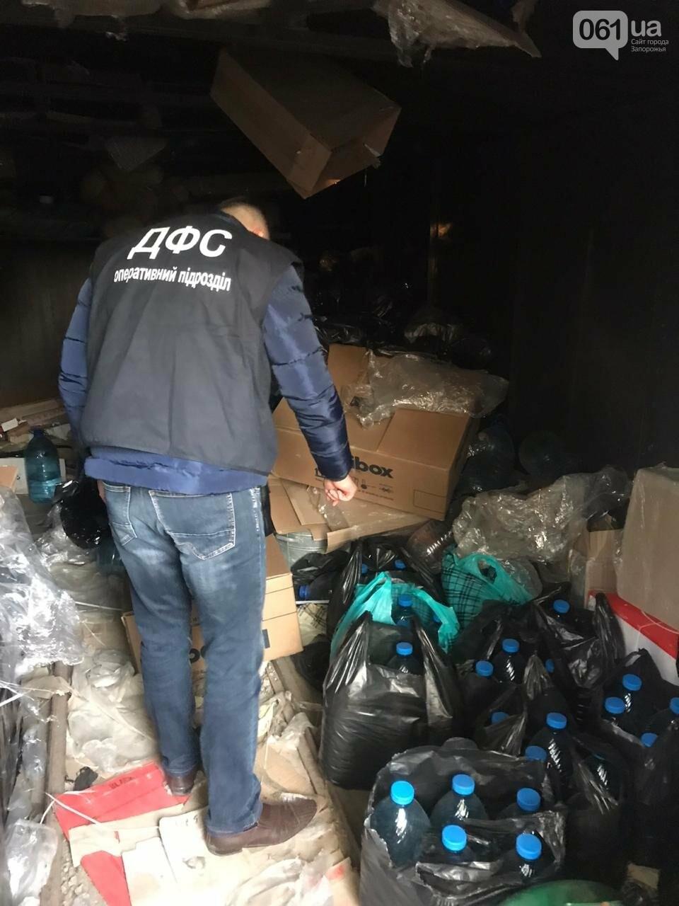 В Запорожской области обнаружили 2,5 тонны фальсифицированного алкоголя, фото-7