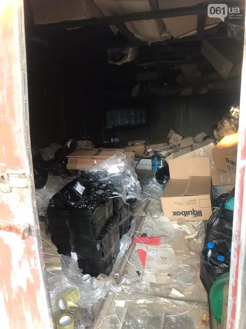 В Запорожской области обнаружили 2,5 тонны фальсифицированного алкоголя, фото-8
