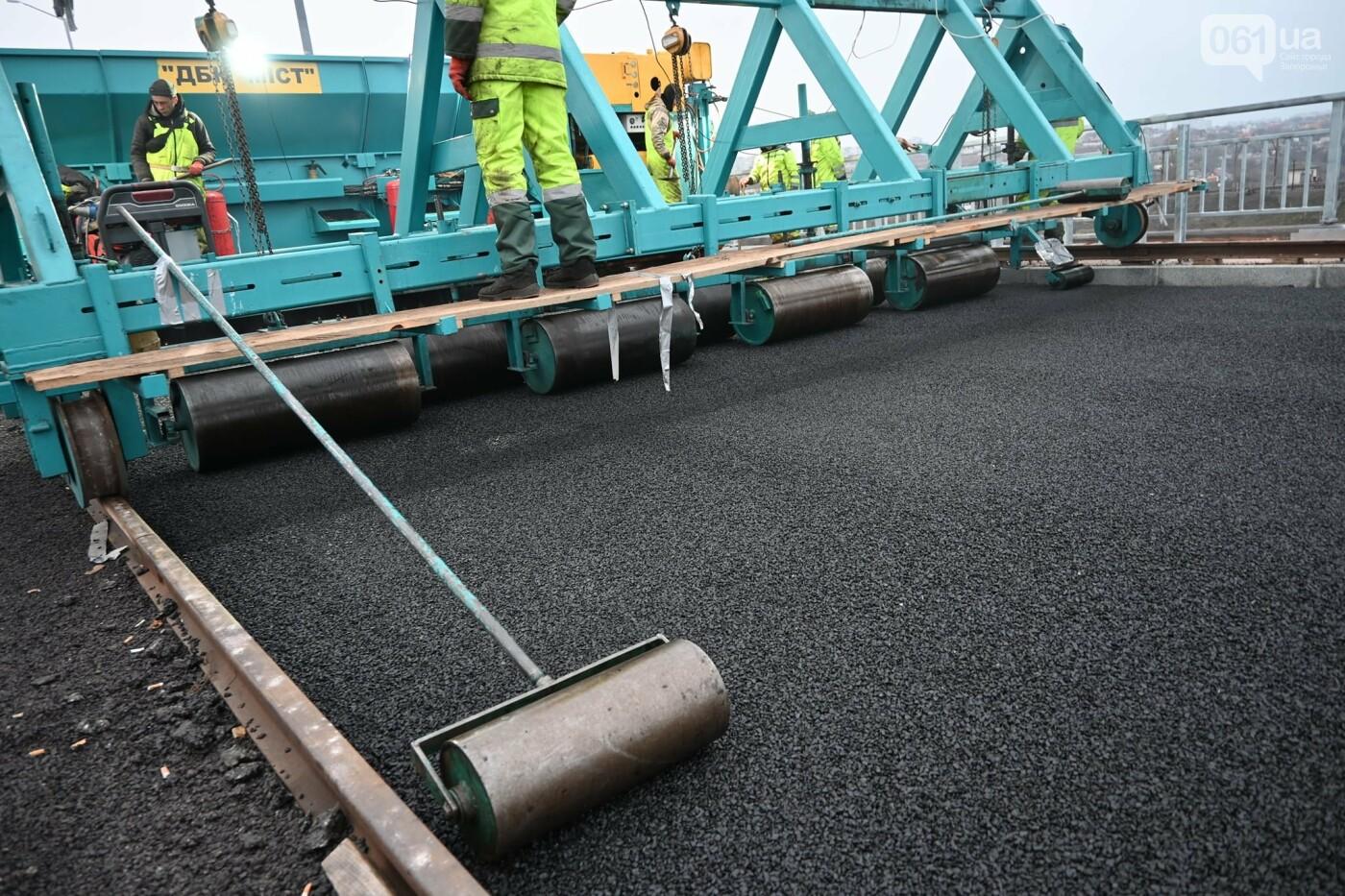 В Службе автодорог показали технологию укладки гусасфальта на строительстве мостов, - ФОТО, ВИДЕО, фото-7