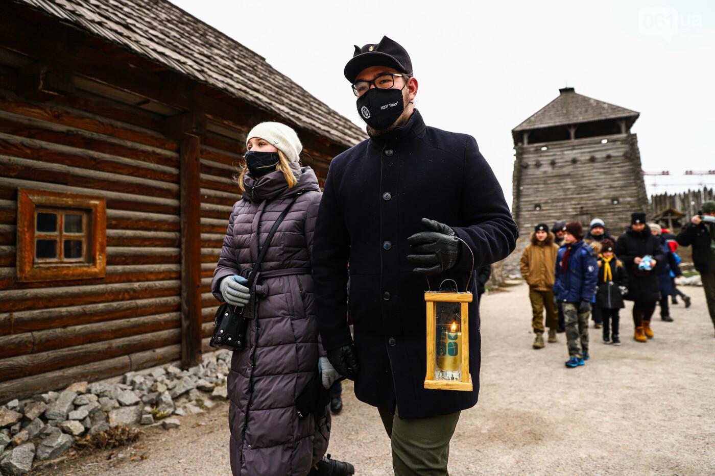 На Хортице скауты передали священникам Вифлеемский огонь, - ФОТОРЕПОРТАЖ, фото-2