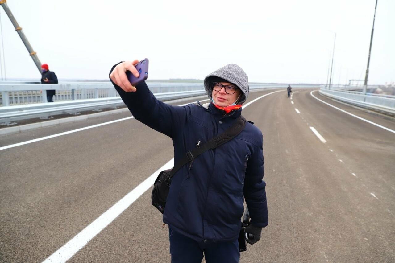 Зеленский в Запорожье проехал по новому мосту, - ФОТОРЕПОРТАЖ, фото-16