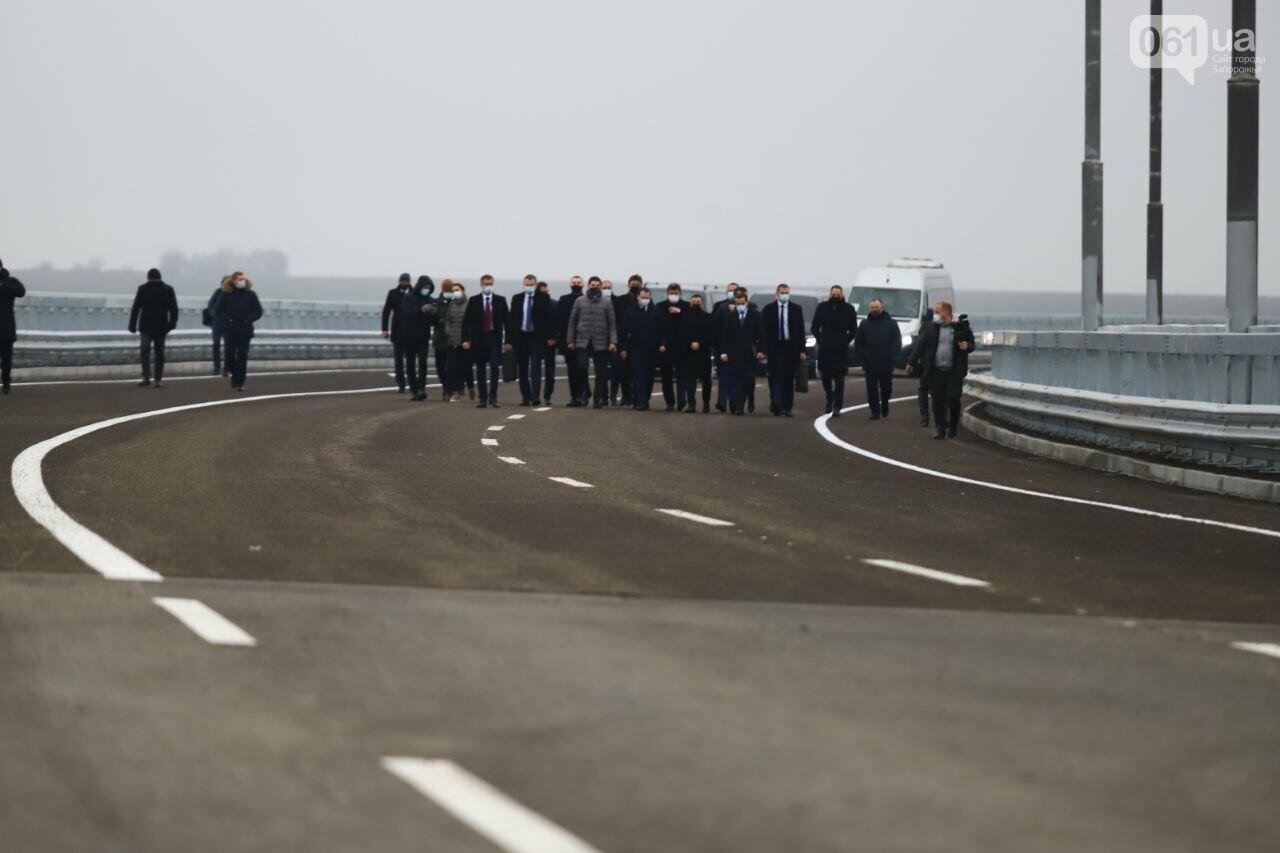 Зеленский в Запорожье проехал по новому мосту, - ФОТОРЕПОРТАЖ, фото-1