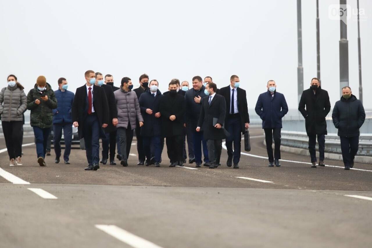 Зеленский в Запорожье проехал по новому мосту, - ФОТОРЕПОРТАЖ, фото-2