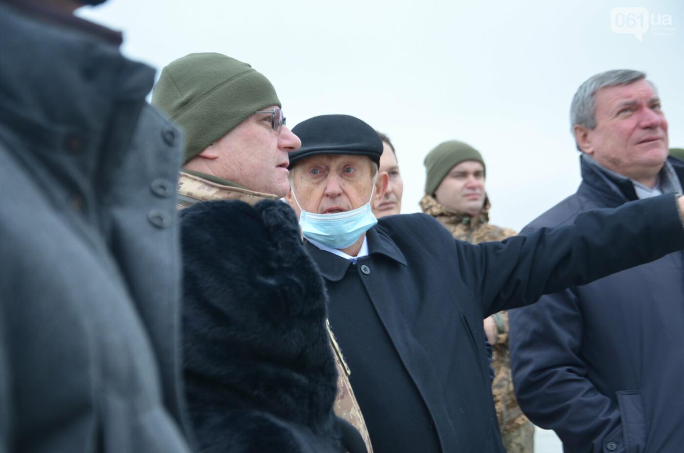 В Запорожье прошли первые испытания новых лопастей для военных вертолетов, - ФОТО, фото-10
