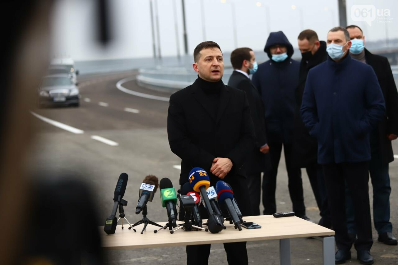 Зеленский в Запорожье проехал по новому мосту, - ФОТОРЕПОРТАЖ, фото-7