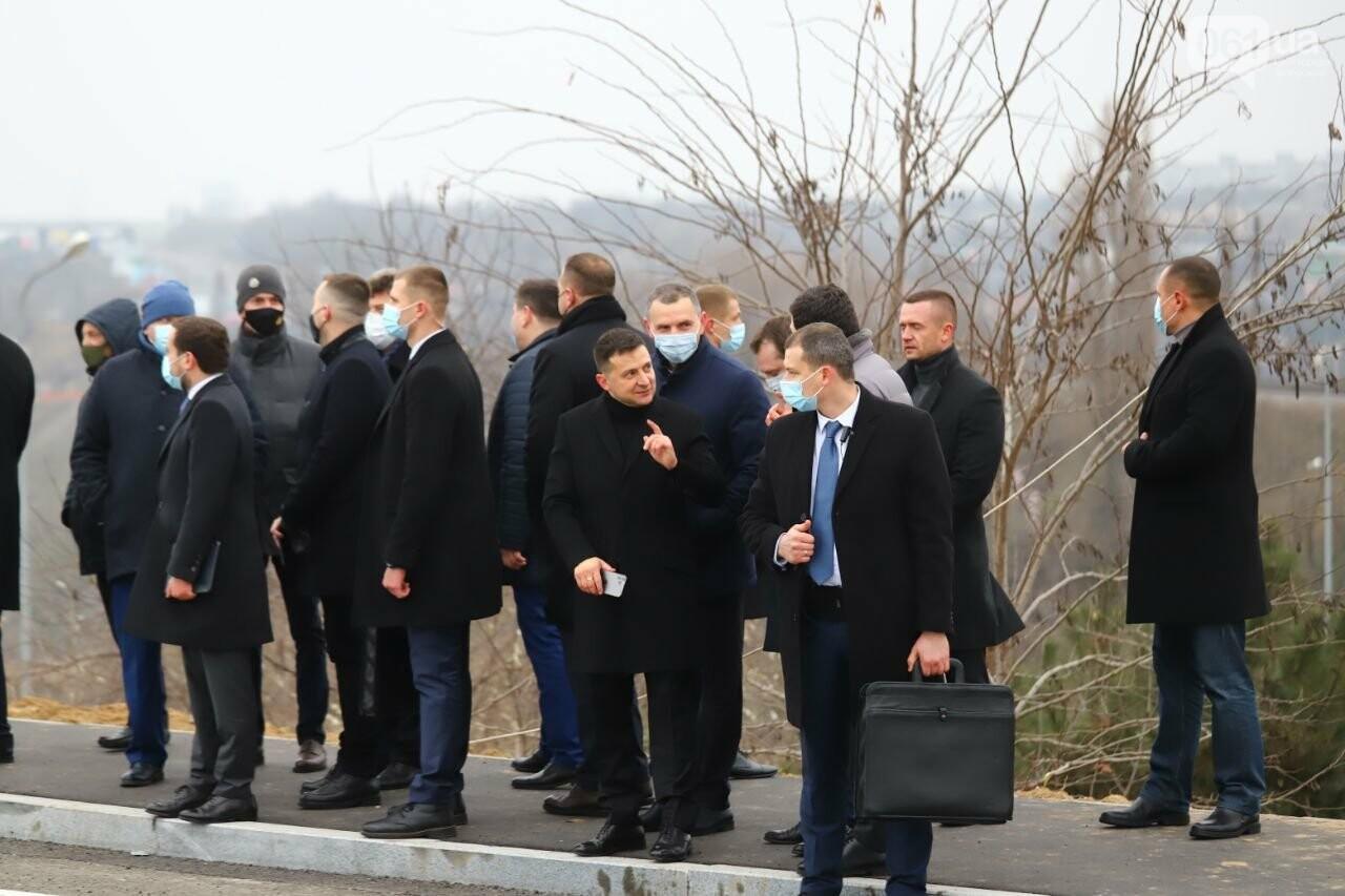 Зеленский в Запорожье проехал по новому мосту, - ФОТОРЕПОРТАЖ, фото-8