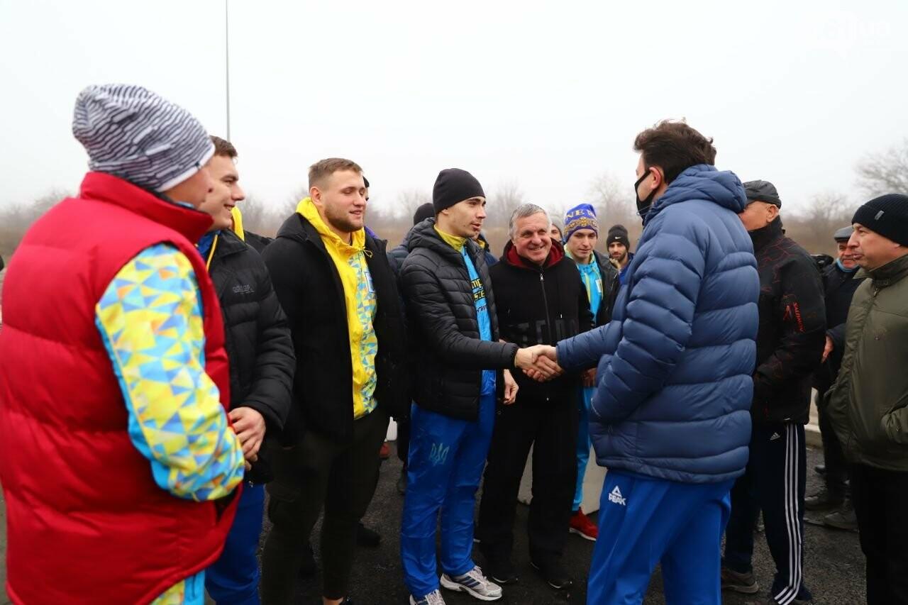 Запорожский губернатор вывел на пробежку спортсменов и депутатов, - ФОТОРЕПОРТАЖ, фото-2
