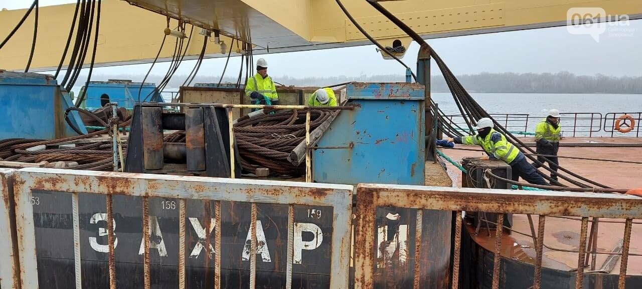 """Плавучий кран """"Захарий"""", который будет достраивать запорожские мосты, прибыл в Кривую бухту,  - ФОТОФАКТ , фото-15"""