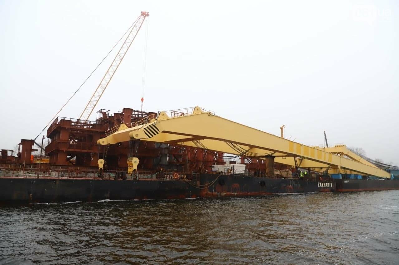 """Плавучий кран """"Захарий"""", который будет достраивать запорожские мосты, прибыл в Кривую бухту,  - ФОТОФАКТ , фото-3"""