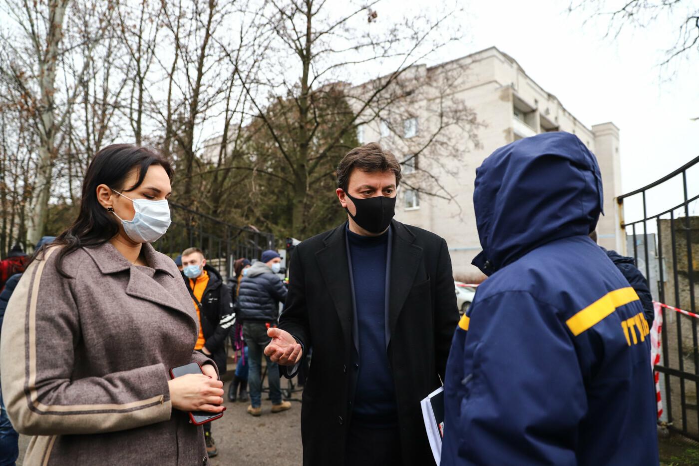 Пожар в Запорожской инфекционной больнице: все подробности происшествия, - ФОТОРЕПОРТАЖ , фото-29