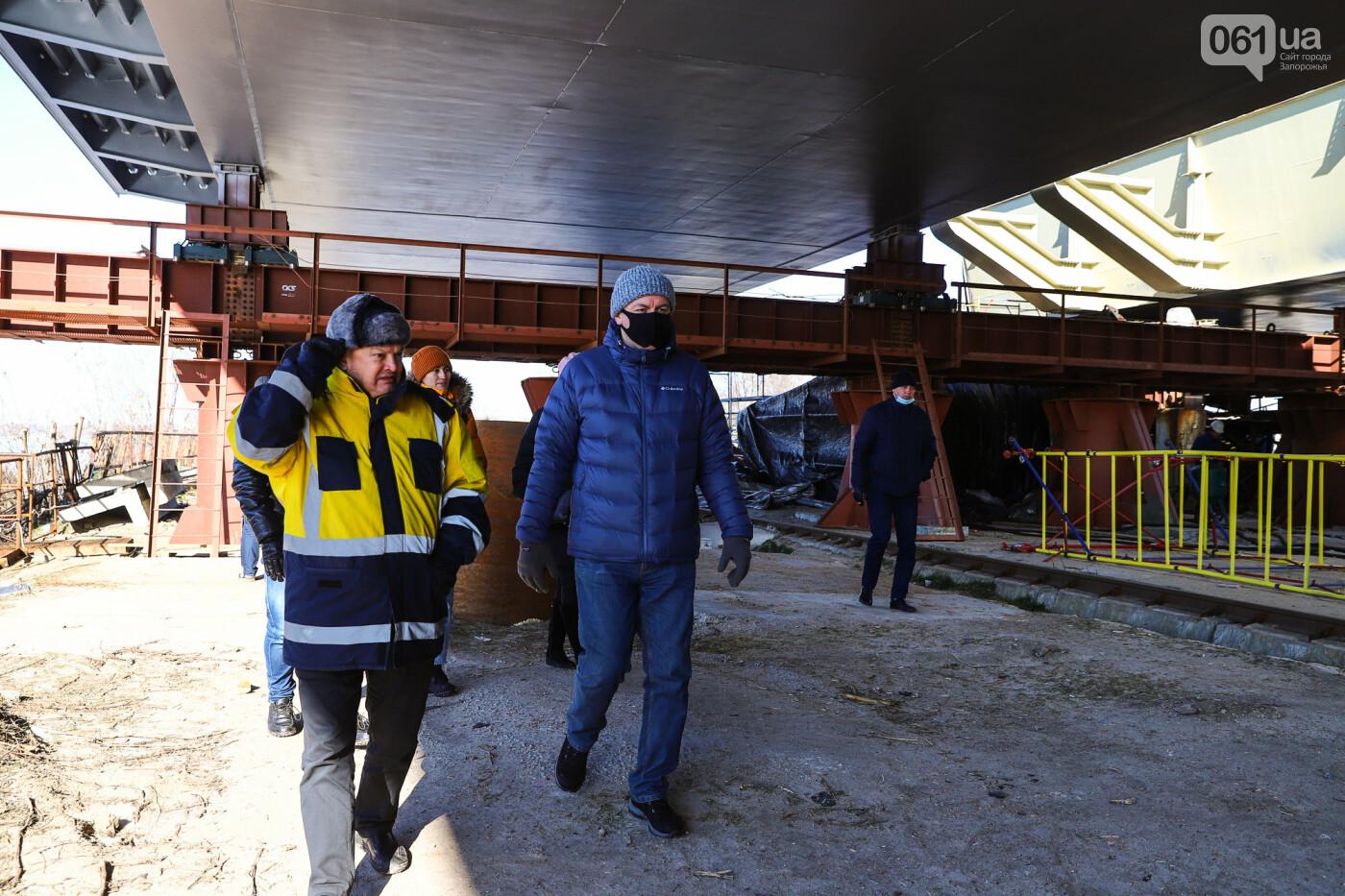 Кран с иностранной пропиской, ванты и металл: строительство запорожских мостов в фотографиях, фото-9
