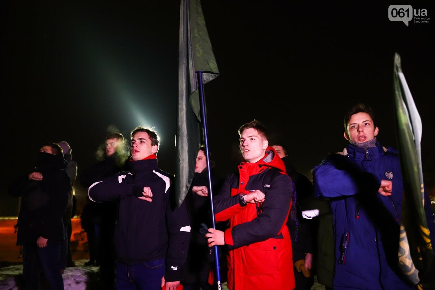 Бои за Широкино: в Запорожье зажгли факела в память о погибших бойцах, - ФОТОРЕПОРТАЖ , фото-7