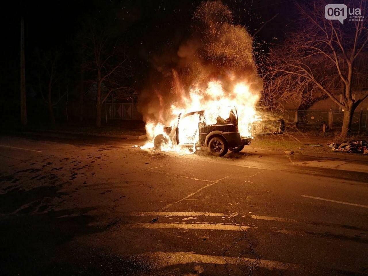"""В Мелитополе на ходу загорелся """"Land Rover"""", - ФОТО, фото-1"""