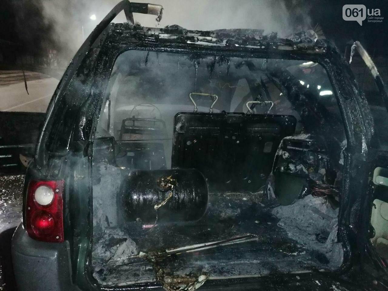 """В Мелитополе на ходу загорелся """"Land Rover"""", - ФОТО, фото-4"""