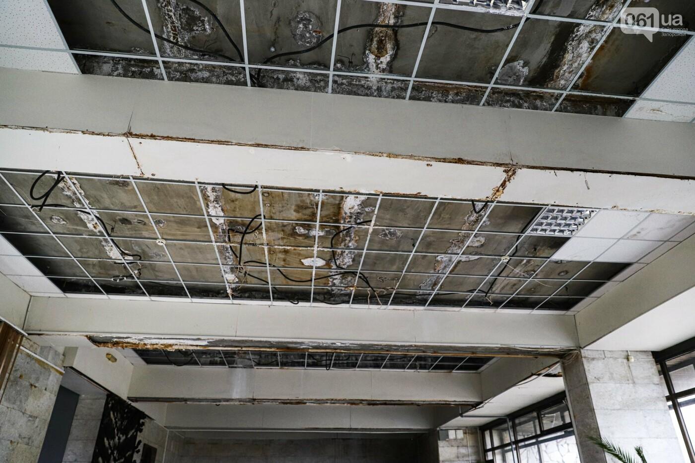 Музей истории запорожского казачества в ожидании реконструкции: как сейчас выглядит аварийное здание, - ФОТОРЕПОРТАЖ, фото-38