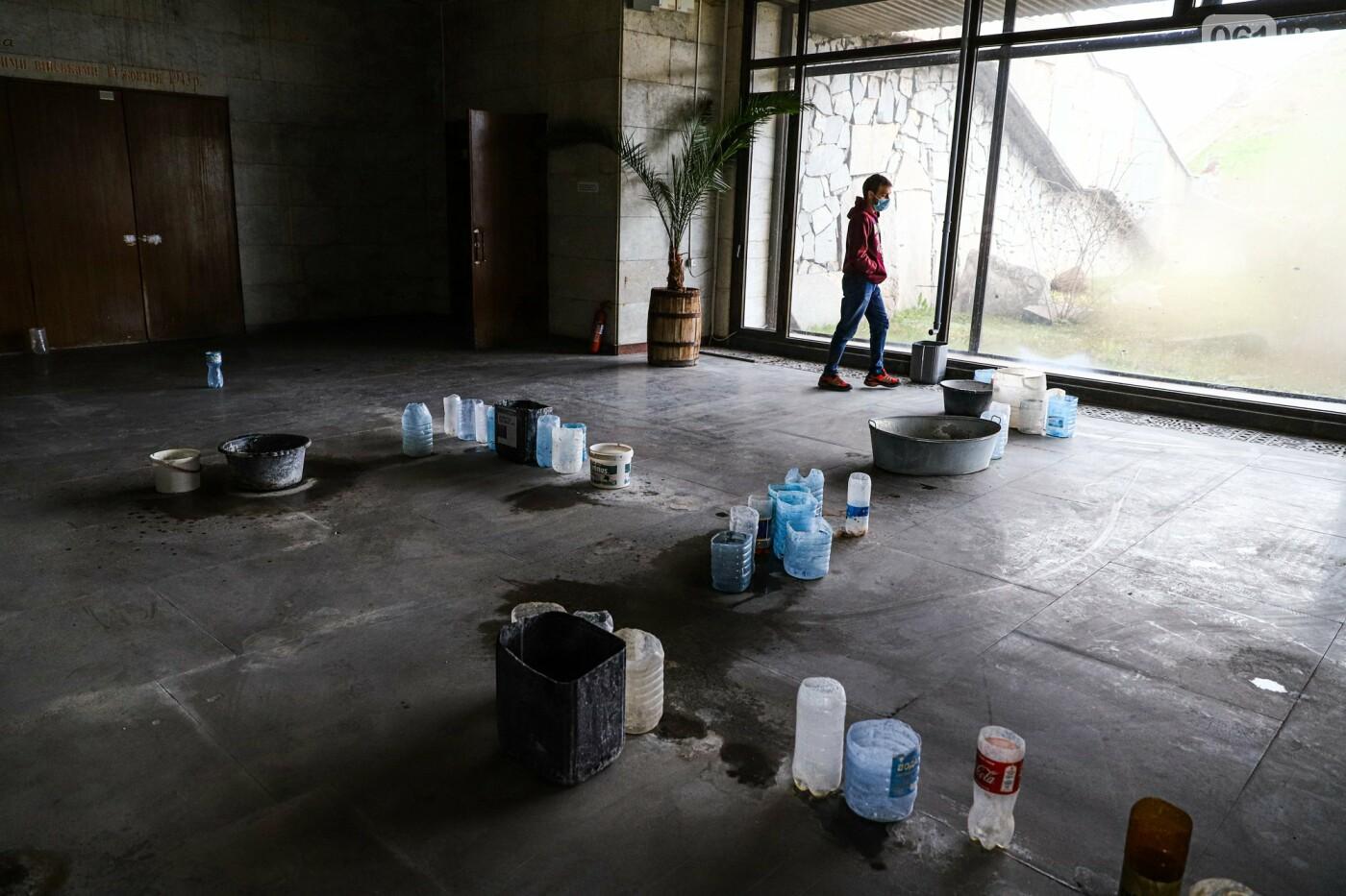 Музей истории запорожского казачества в ожидании реконструкции: как сейчас выглядит аварийное здание, - ФОТОРЕПОРТАЖ, фото-36