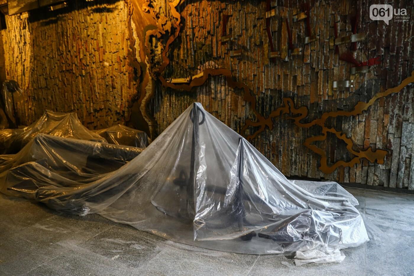 Музей истории запорожского казачества в ожидании реконструкции: как сейчас выглядит аварийное здание, - ФОТОРЕПОРТАЖ, фото-39