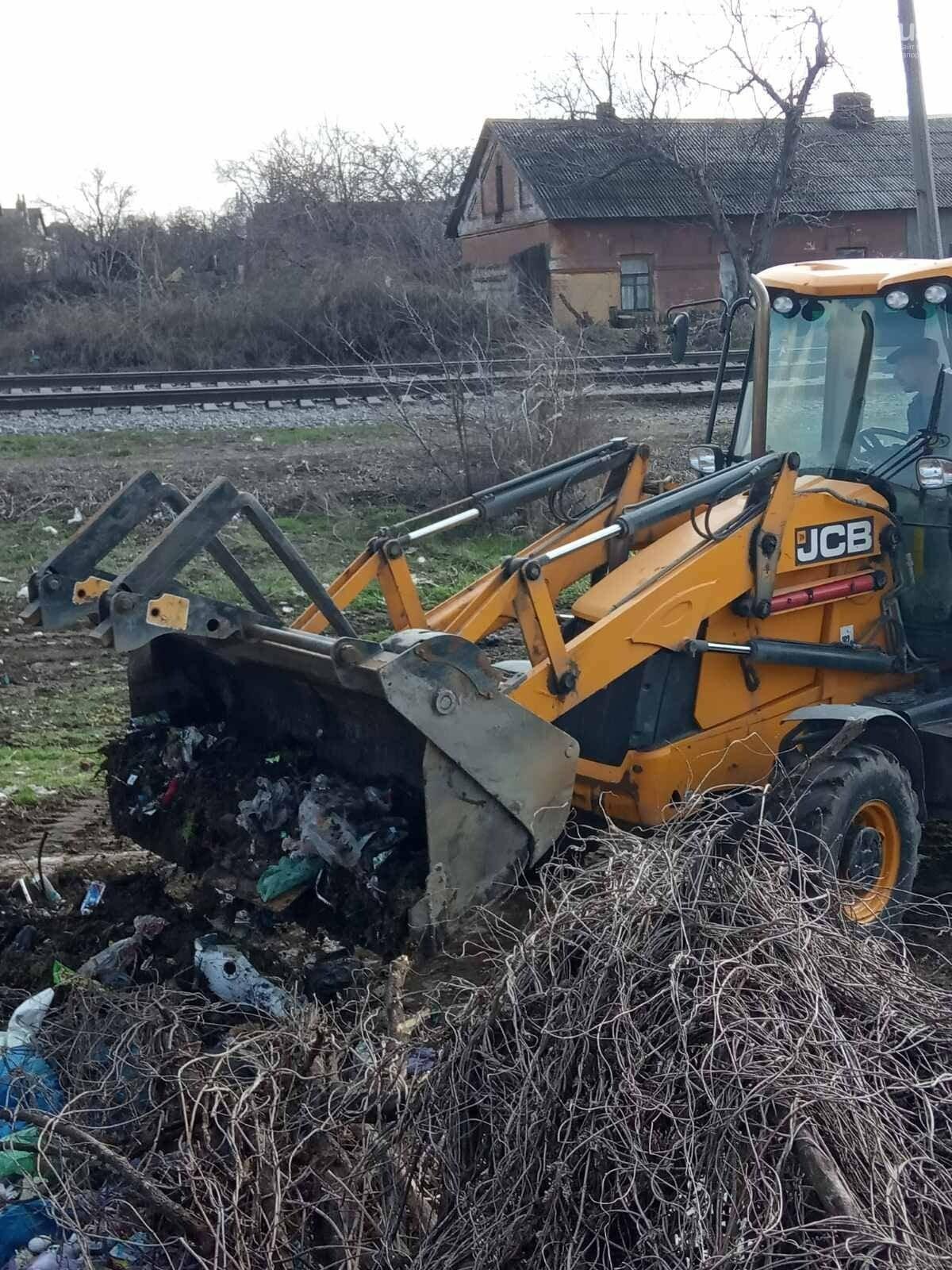 В Запорожье оштрафуют водителя грузовика, который вывез строительный мусор на стихийную свалку , фото-5