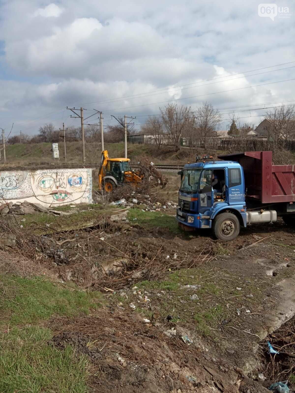 В Запорожье оштрафуют водителя грузовика, который вывез строительный мусор на стихийную свалку , фото-6