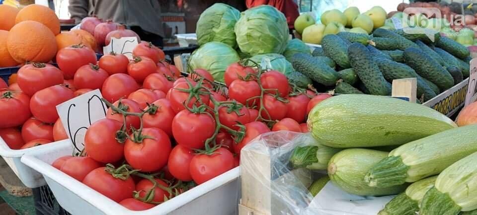 От брокколи до клубники: в Запорожье на рынках появились сезонные овощи, фото-4