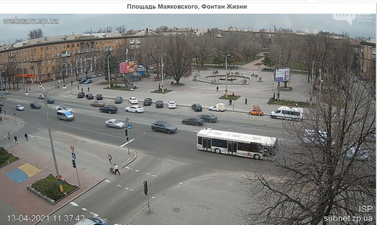 В Запорожье водители маршруток и автобусов игнорируют транспортные ограничения и продолжают возить пассажиров, - ФОТО , фото-9