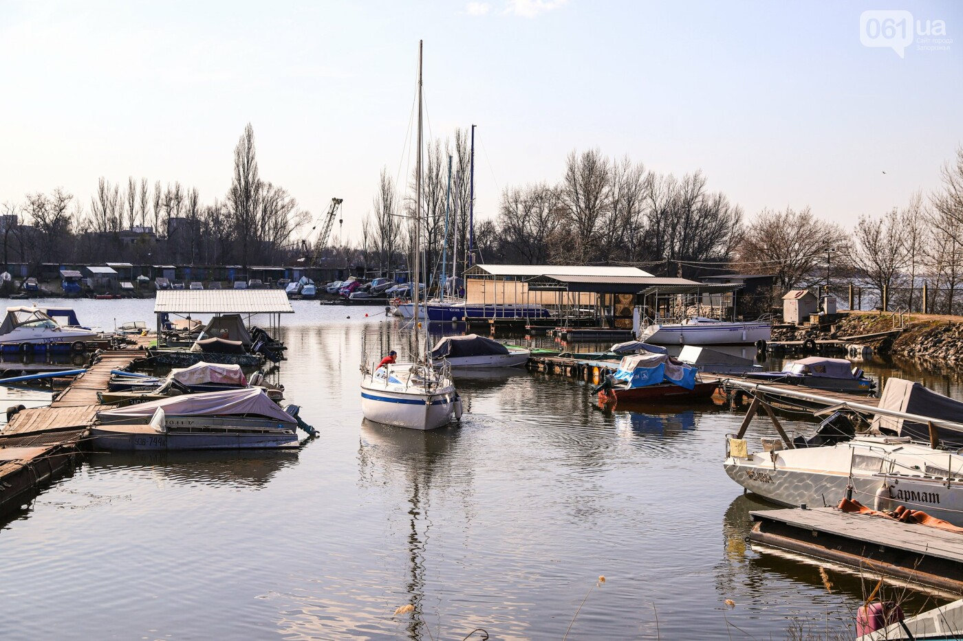 «Семь футов под килем!»: как в запорожском яхт-клубе спускали судна на воду, - ФОТОРЕПОРТАЖ , фото-39