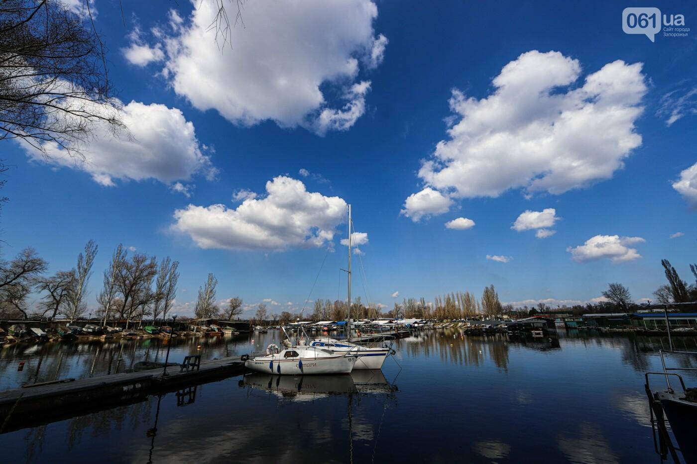 «Семь футов под килем!»: как в запорожском яхт-клубе спускали судна на воду, - ФОТОРЕПОРТАЖ , фото-43